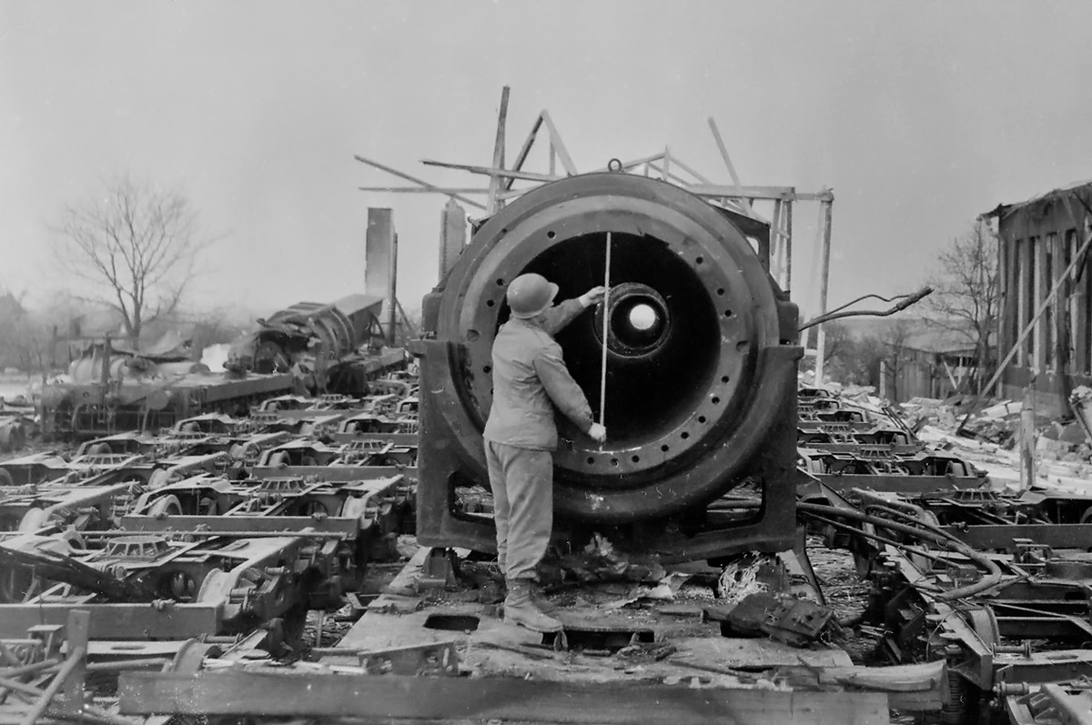 挑战黑人巨炮_古斯塔夫巨炮的炮管