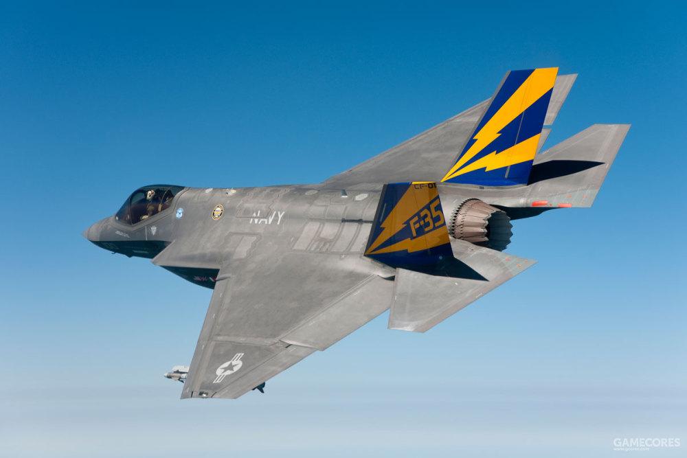原型之二,F-35C