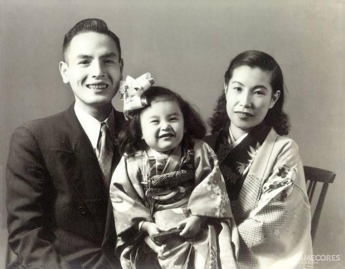 襟川惠子与双亲