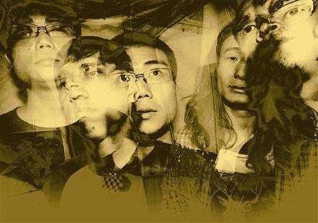 萬能青年旅店:聽著搖滾,思考人生,然後變得更喪。