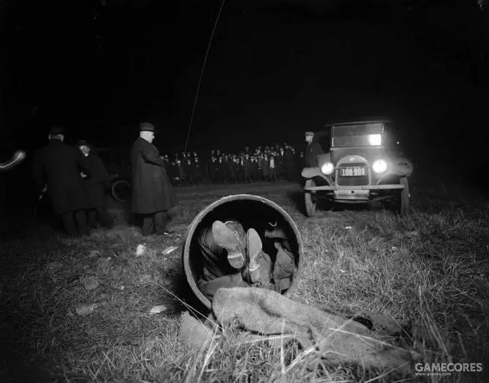 """""""木桶谋杀案"""",因将受害人尸体装入木桶中抛尸而得名"""