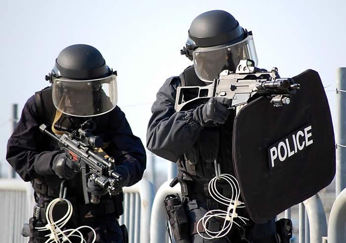 霓虹的特警也中二:日本警視廳特殊急襲部隊(SAT)