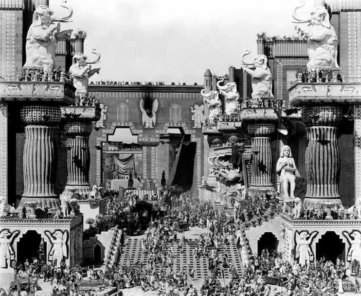 《党同伐异》中的巴比伦:复杂到无以加复的人造场景