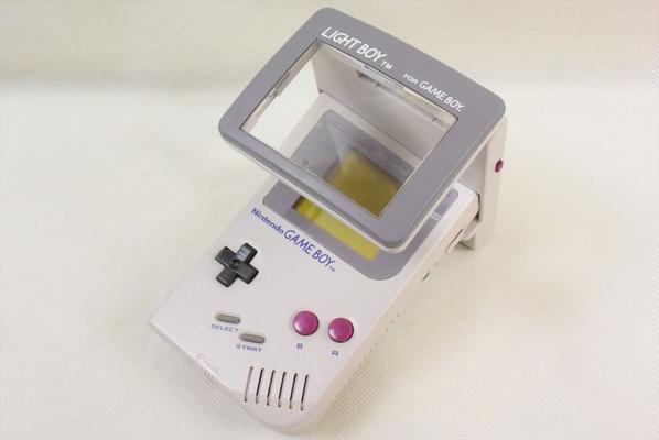 如果认识这个Gameboy的配件,说明你已经老了