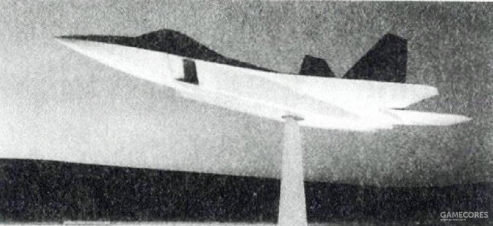 为了避开苏联的卫星侦查,两座全尺寸RCS模型在白沙测试场的测试都选在夜间进行。