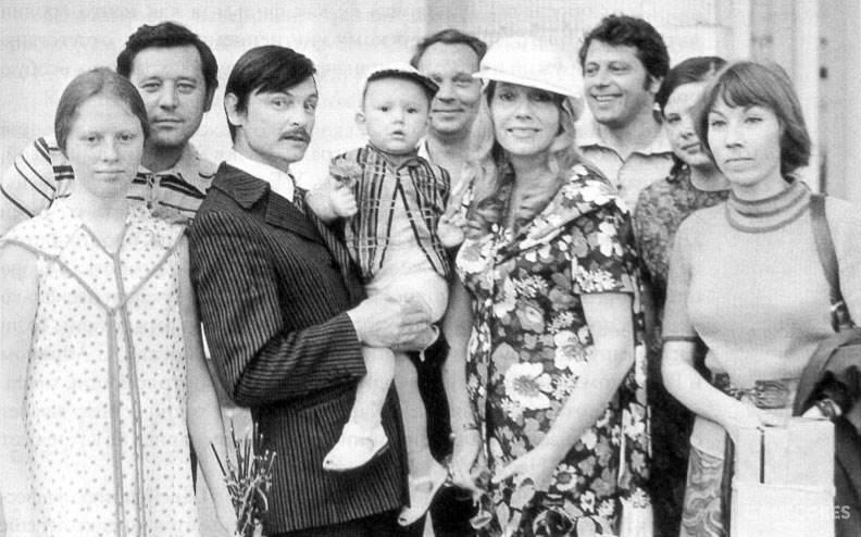 塔可夫斯基一家的全家福