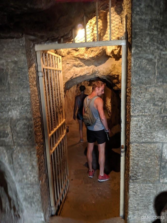 金字塔的入口