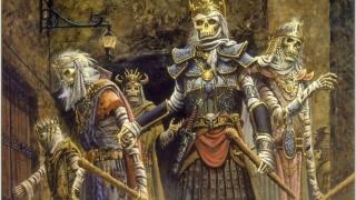"""穿越当英雄的太多了,想过去当一次守门的""""骷髅兵""""吗?"""