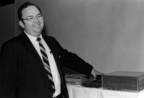 艾德·罗伯茨和 Altair 8800