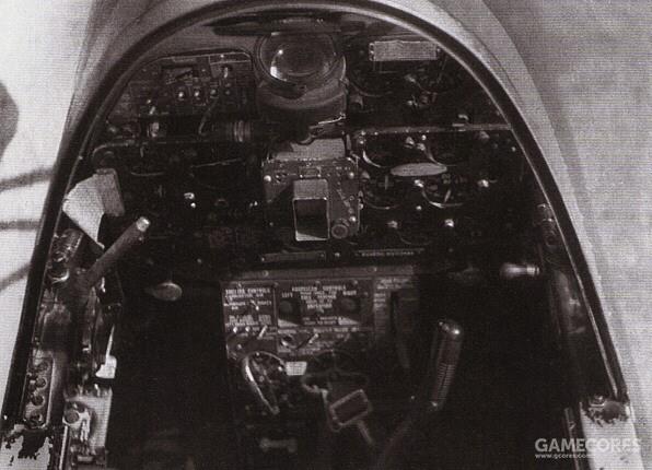 F7F-3N的飞行员座舱