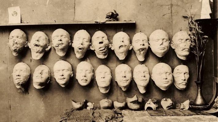真实历史上的人皮面具,曾拯救过数百人的人生