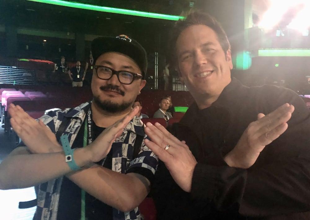 E3 2019 我和 Phil 的合影。他平易近人,普通玩家要求也都愿意合影留念