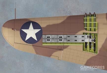P-40E因为换装引擎取消了机头机枪,转而使用6挺机翼机枪的配置,也是大多数美军战斗机的通用配置