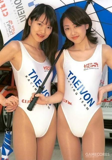 90年代Race Queen穿着高叉泳衣的时候会用到T档或者隐形丝袜