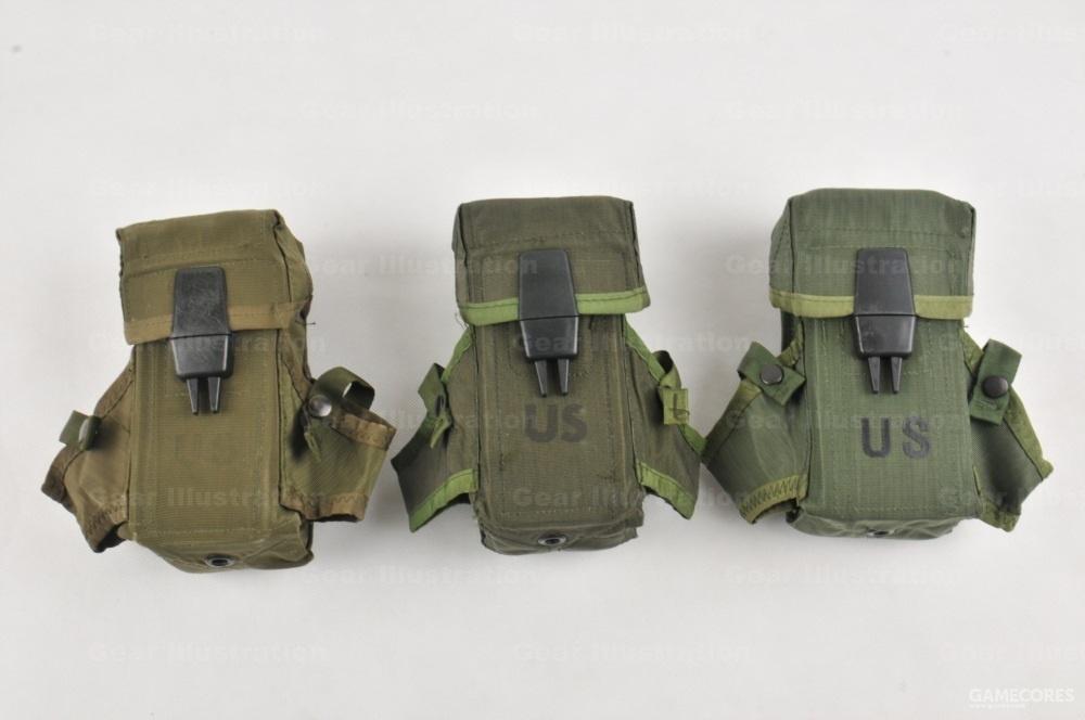 不同时期生产的弹匣包
