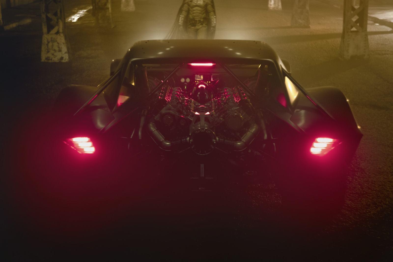 简约至上,罗伯特·帕丁森版《蝙蝠侠》蝙蝠车正式公开