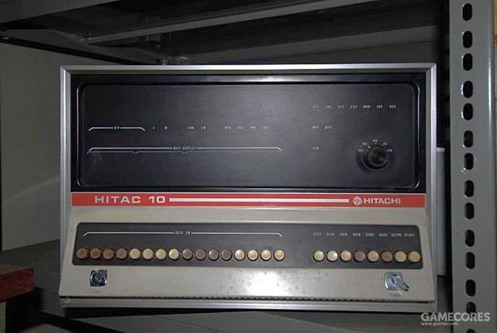 """1969年2月完成的由日立开发的HITAC 10被视为日本第一台""""迷你电脑"""""""