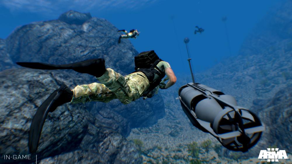生存潜水员和SDV正在进行渗透作战