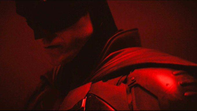 新版《蝙蝠侠》放出试镜片段,罗伯特·帕丁森穿上蝙蝠衣了!