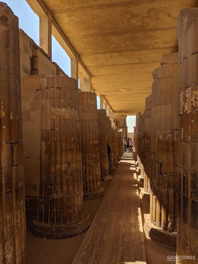 神庙的柱廊
