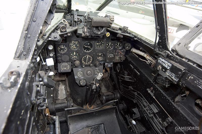 NF.13的座舱