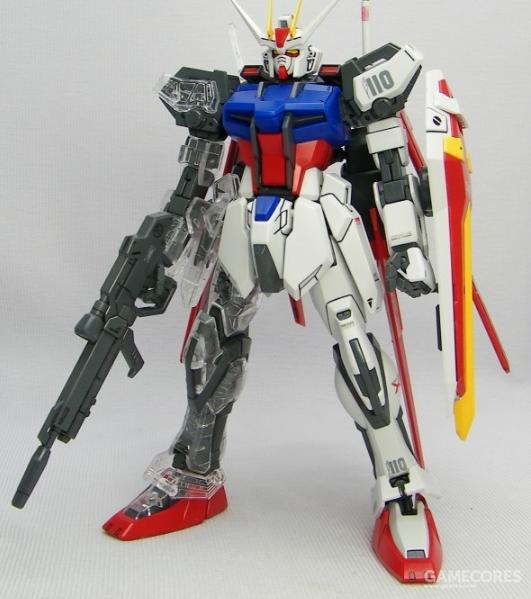 MG强袭的骨架细节丰富,手动行进金属色涂装会有很好的视觉效果