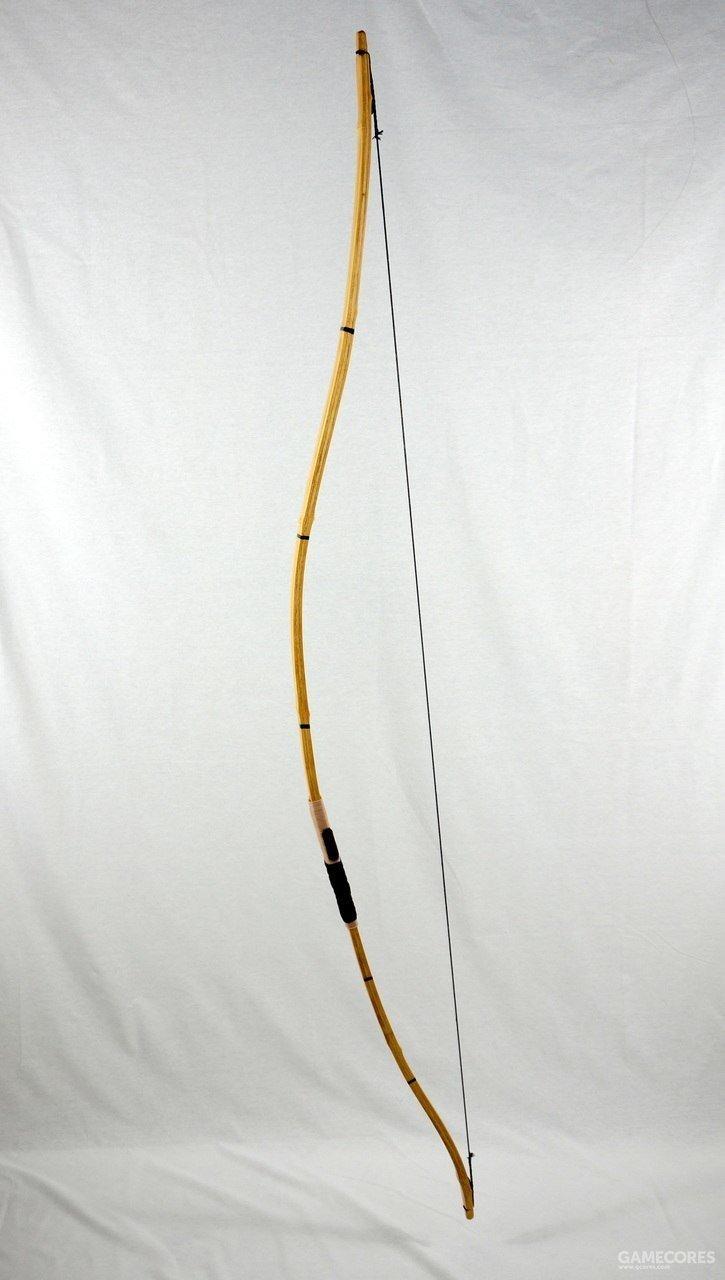 日本和弓,造型和古代相比并无大差别