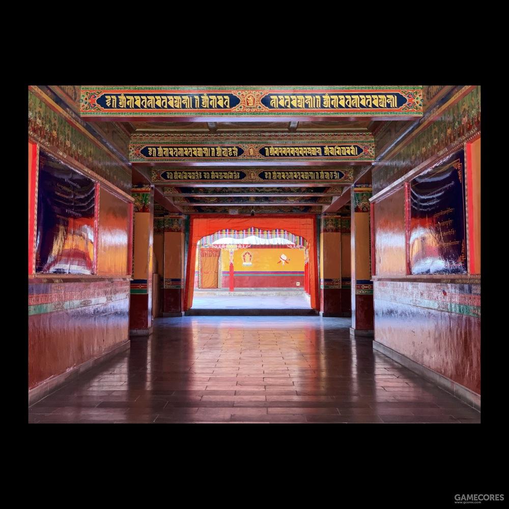 标志性的西藏配色