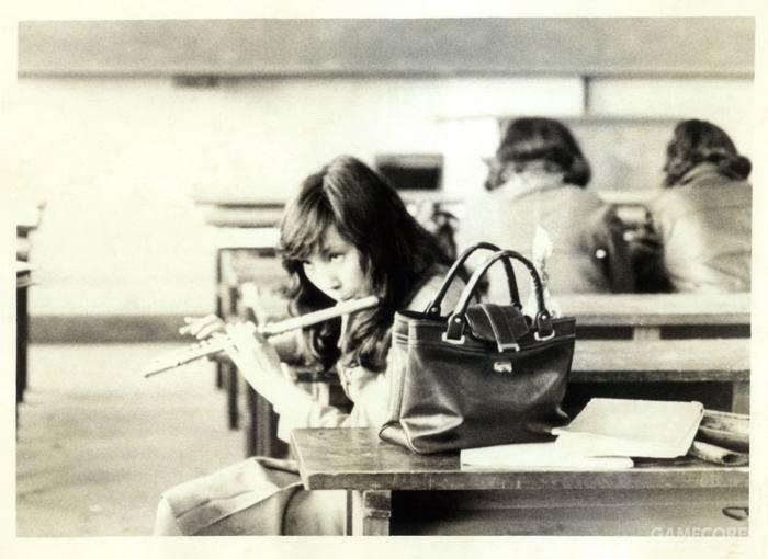 在大学时代吹奏长笛的襟川惠子
