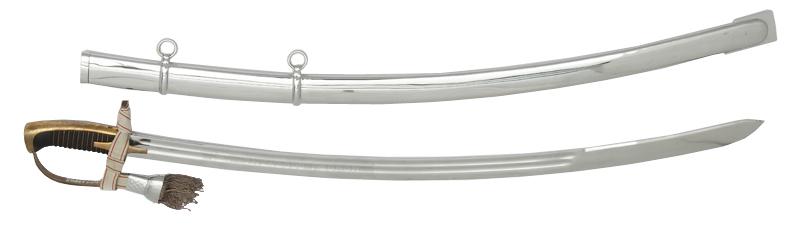 二战后生产列装的wz.1976式军刀,为波兰军事博物馆设计的,基于wz.34但是加入了一些翼骑兵剑的元素。此时骑兵剑基本上只有礼仪用途了。