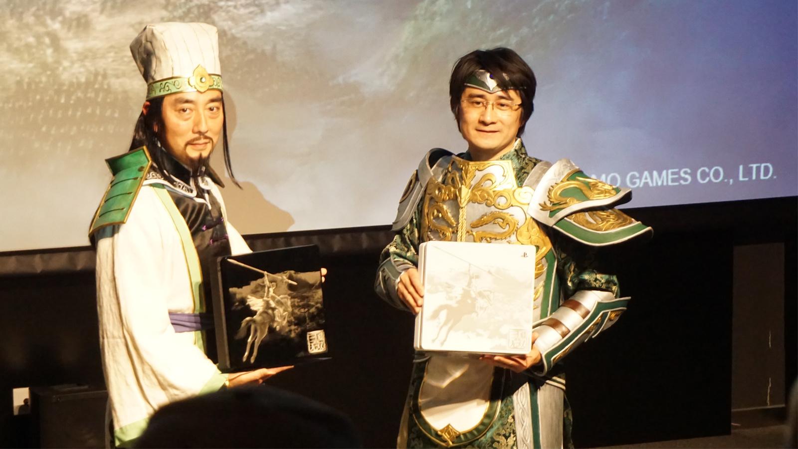 五仁叔現場COS諸葛亮,《真·三國無雙8》國行簡體中文版確定2月8日同步發售