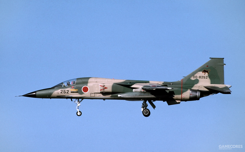 普通而正常的三菱F-1支援战斗机