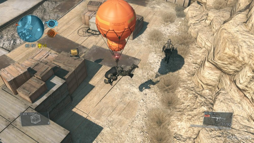 """多人模式里的富尔顿气球主要用在""""赏金猎人""""模式。这个模式类似TDM,不同的是每个人拿到击杀之后就会有1分记在自己名下,一旦这名玩家被对方用富尔顿成功回收,他名下的所有分数都将归还给对方"""