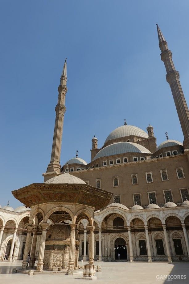 清真寺的庭院