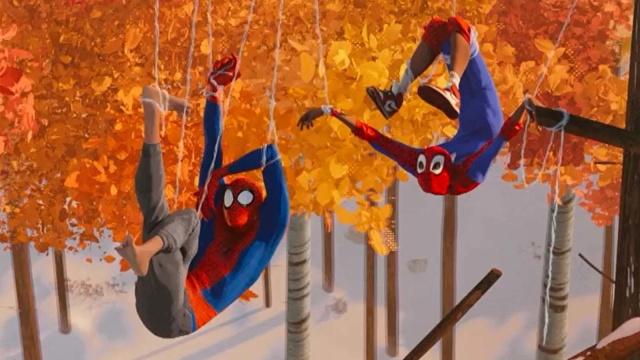 """《蜘蛛侠:平行宇宙》公布""""树林逃亡""""片段,看看三位蜘蛛侠是如何会面的"""