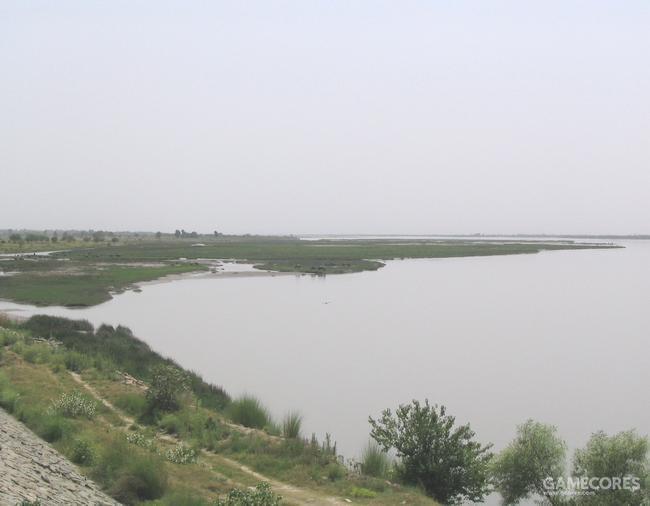海达斯佩斯河,今天叫杰赫勒姆河,位于巴基斯坦旁遮普,奇纳布河的支流