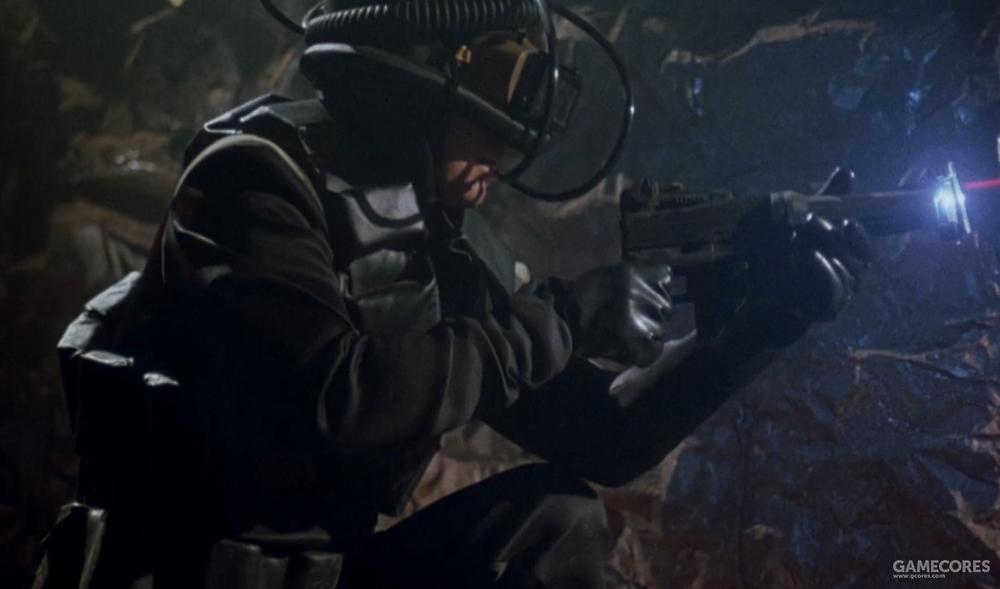 剧照,正在开火的马尔莫里帝国士兵