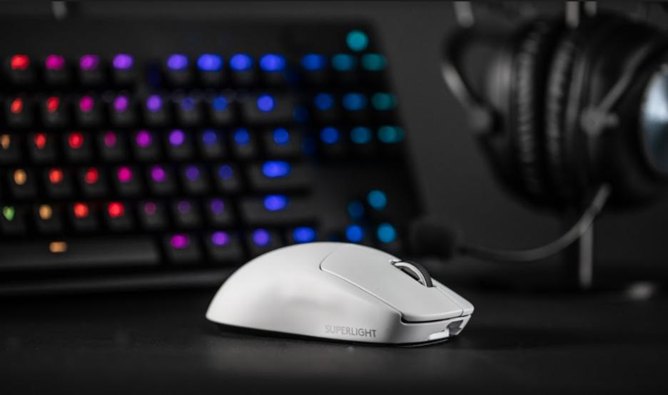 罗技正式发布G Pro X Superlight鼠标:63g,超大脚垫