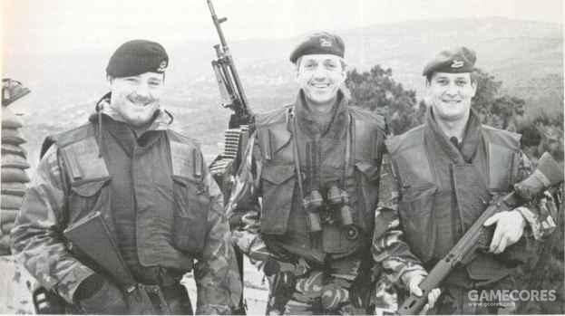 使用这种M69护甲的英军士兵