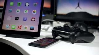 索尼发布iOS版Remote Play:iPhone、iPad可以串流PS4大作了