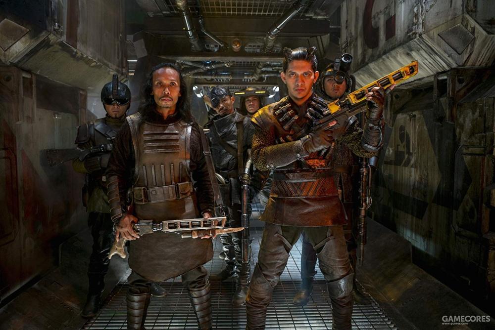 《星球大战7》雅彦·鲁伊安(左)、伊科·乌艾斯
