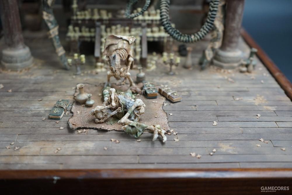 骷髅材料用的是海洋堂的骷髅扭蛋,差不多是1/10的比例。