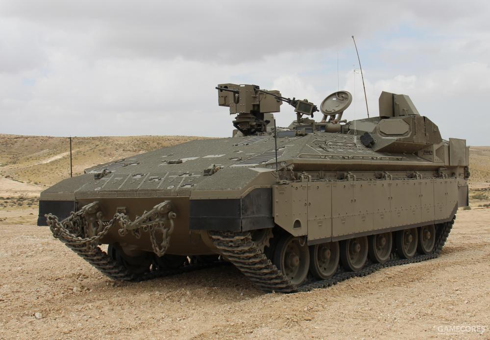 """量产型的""""豹"""",采用了更先进的梅卡瓦IV车体,还装备有""""战利品""""主动防御系统"""