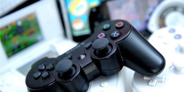 2013 年,美国游戏营收达到 205 亿美元