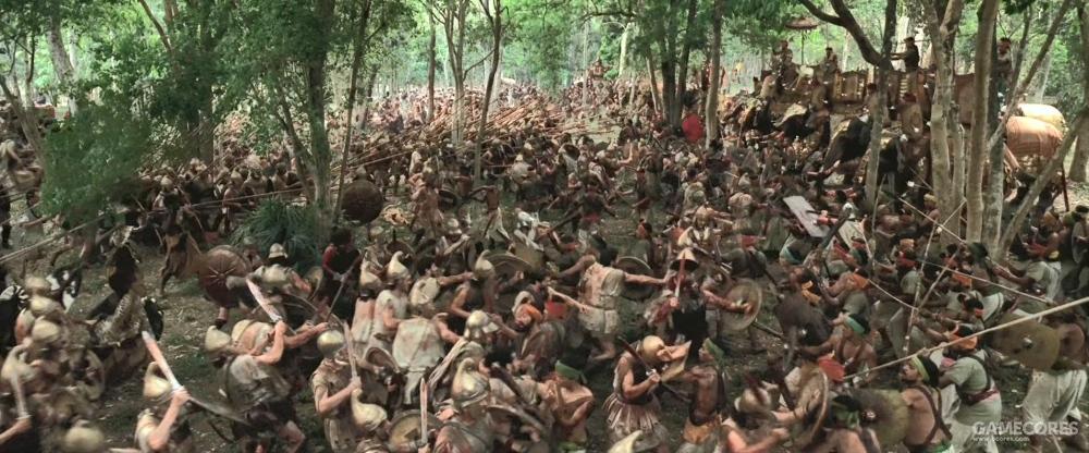 马其顿方阵对战象兵,当时还没有象鞍这东西。而且一窝蜂打架的印度步兵并不是训练有素的马其顿方阵步兵的对手。