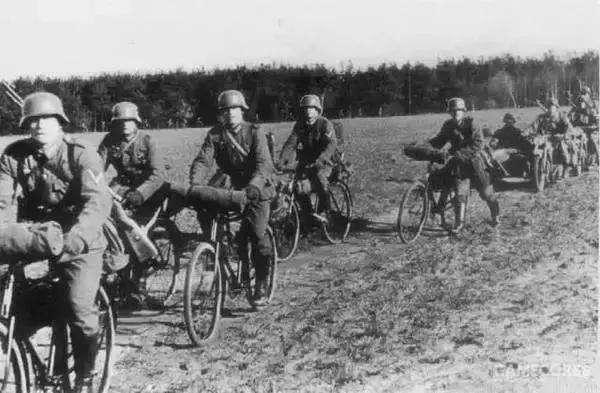 德军非机械化部队也是这么进入莱茵兰地区的(二度大雾)