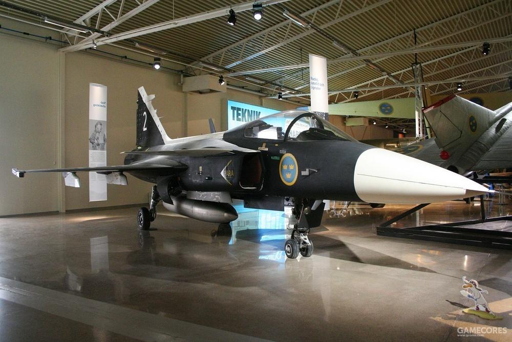 真实的博物馆中的鹰狮原型机2号