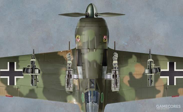 FW-190战斗机在机翼布置了4门机炮,火力强大