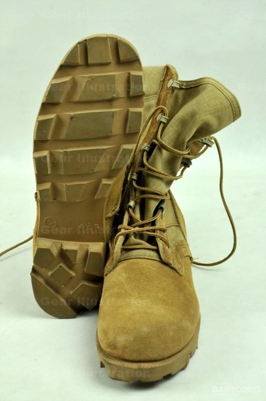 90年代的沙漠靴,沿用了巴拿马底。但这种鞋底在沙漠环境下表现不佳