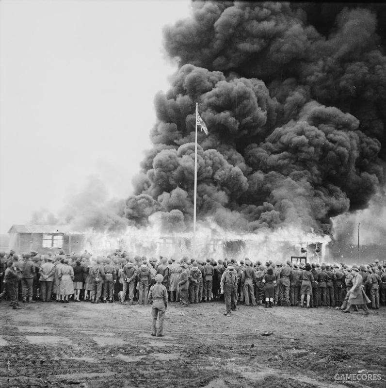 盟军烧毁集中营营区